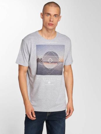 just-rhyse-manner-t-shirt-parachique-in-grau
