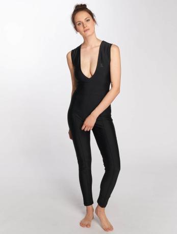 onepiece-frauen-jumpsuit-reef-in-schwarz