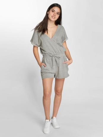 onepiece-frauen-jumpsuit-drowsy-short-in-grau