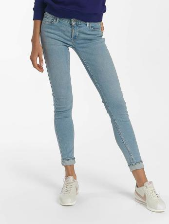 levi-s-frauen-skinny-jeans-innovation-in-blau