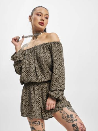 urban-classics-frauen-jumpsuit-short-longsleeve-in-schwarz