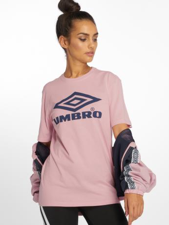 umbro-frauen-t-shirt-boyfriend-fit-logo-in-rosa