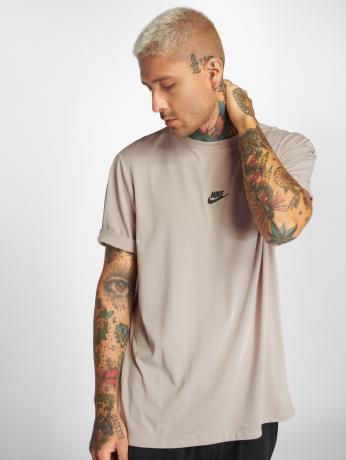 nike-manner-t-shirt-sportswear-tech-pack-in-beige