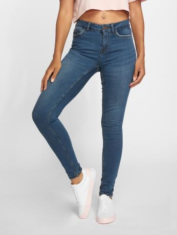 noisy-may-frauen-skinny-jeans-nmlucy-in-blau