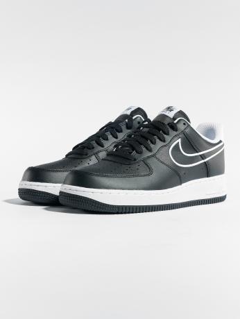 nike-manner-sport-sneaker-air-force-1-07-leather-in-schwarz