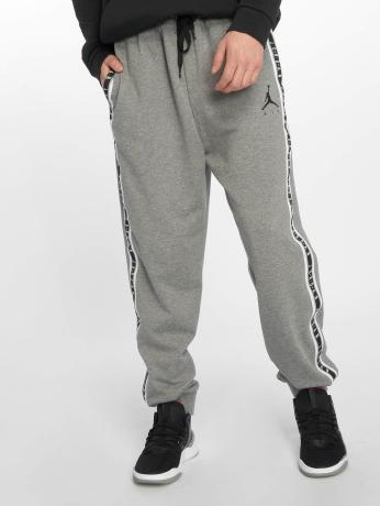 jordan-manner-jogginghose-jumpman-air-hbr-in-grau