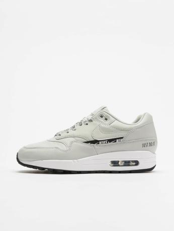 nike-frauen-sneaker-max-1-se-in-grau