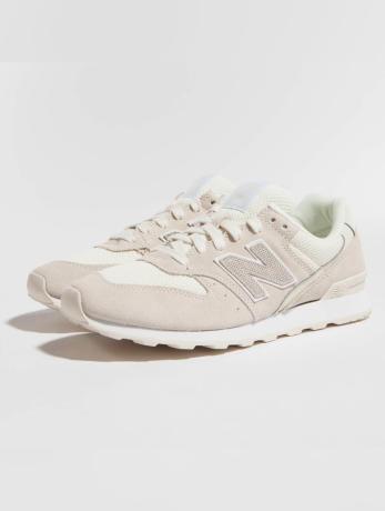 new-balance-frauen-sneaker-wr996-d-lcb-in-beige