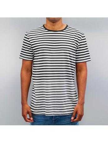t-shirts-bench-schwarz