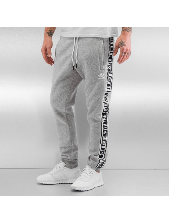 sportbroeken adidas Essentials Joggingbroek