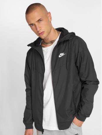 nike-manner-ubergangsjacke-sportswear-in-schwarz