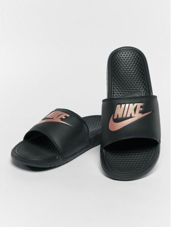 nike-frauen-sandalen-benassi-jdi-in-schwarz