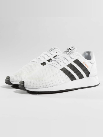 adidas-manner-frauen-sneaker-iniki-runner-cls-in-wei-