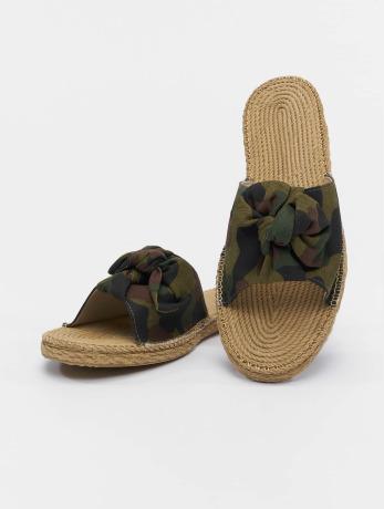 urban-classics-frauen-sandalen-canvas-mules-in-camouflage