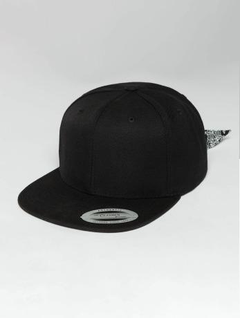 flexfit-manner-frauen-snapback-cap-bandana-tie-in-schwarz