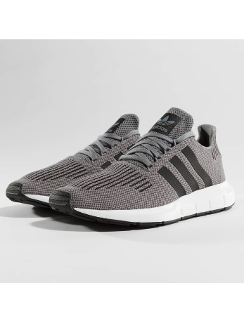 adidas-sneaker Swift Run in grijs