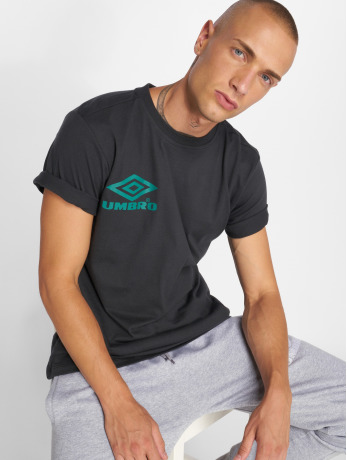 umbro-manner-t-shirt-classico-crew-logo-in-schwarz