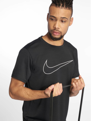 nike-performance-manner-sportshirts-superset-in-schwarz