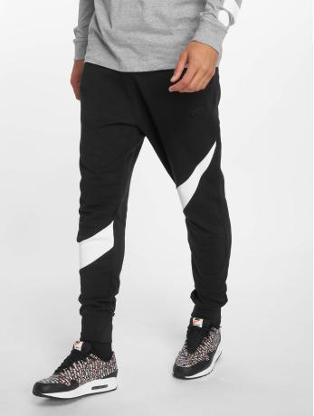 nike-manner-jogginghose-sportswear-in-schwarz