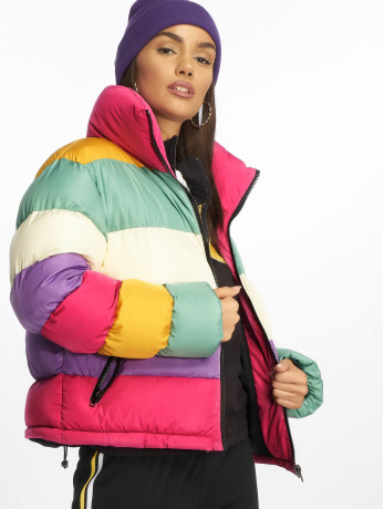 glamorous-frauen-puffer-jacket-ladies-in-bunt