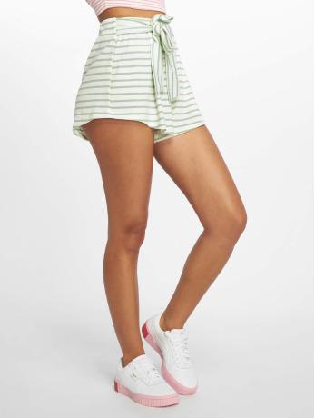 glamorous-frauen-shorts-sina-in-wei-
