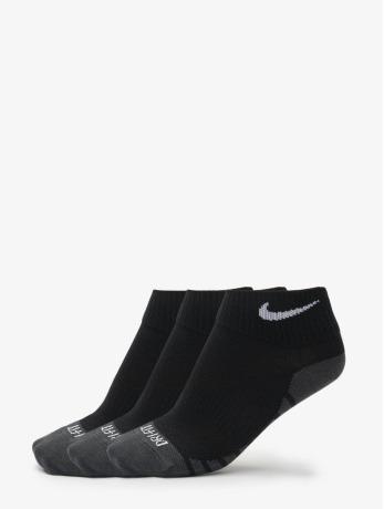 nike-performance-manner-frauen-sportsocken-dry-lightweight-quarter-training-socks-3-pair-in-schwarz