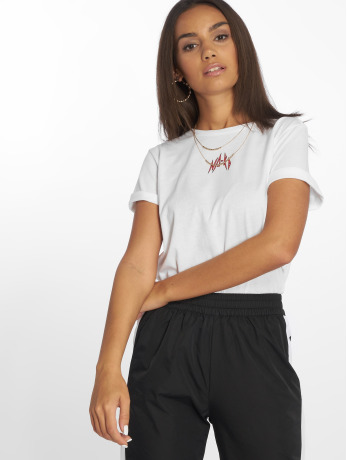 na-kd-frauen-t-shirt-small-logo-in-wei-