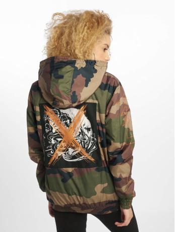 de-ferro-frauen-ubergangsjacke-crossed-face-zip-in-camouflage