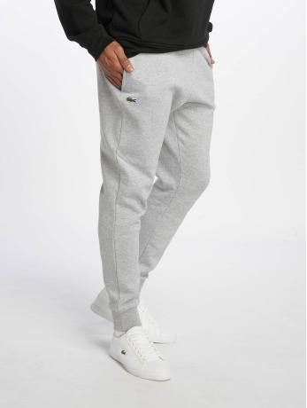 lacoste-manner-jogginghose-logo-in-grau