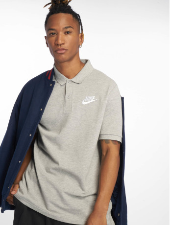 nike-manner-poloshirt-men-s-sportswear-polo-in-grau