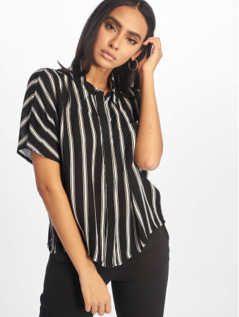 noisy-may-frauen-bluse-nmmelissa-short-sleeve-2-in-schwarz