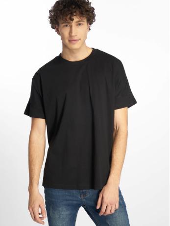 urban-classics-manner-t-shirt-oversize-cut-on-sleeve-in-schwarz