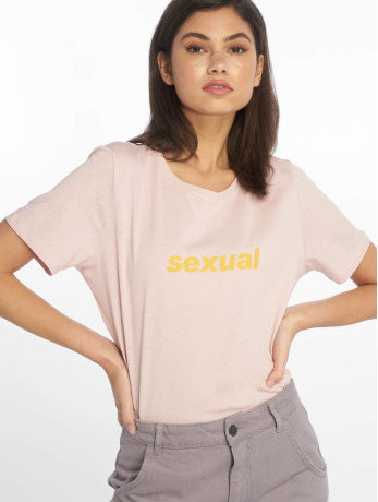 na-kd-frauen-t-shirt-sexual-in-rosa