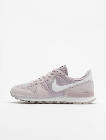 nike-frauen-sneaker-internationalist-in-violet