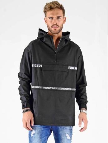 vsct-clubwear-manner-ubergangsjacke-minimal-logo-tape-in-schwarz