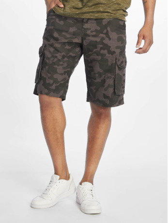 southpole-manner-shorts-belted-in-grau