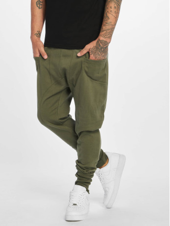 def-manner-jogginghose-birds-in-olive