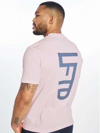 lifted-manner-t-shirt-leach-in-rosa