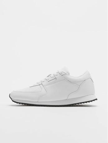 lifted-manner-sneaker-tim-in-wei-