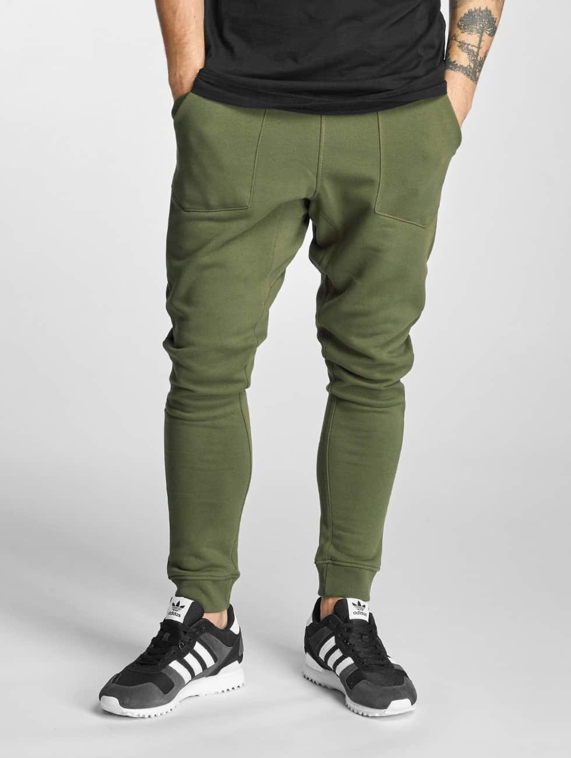 Who Shot Ya? / Sweat Pant Square in olive 3XL