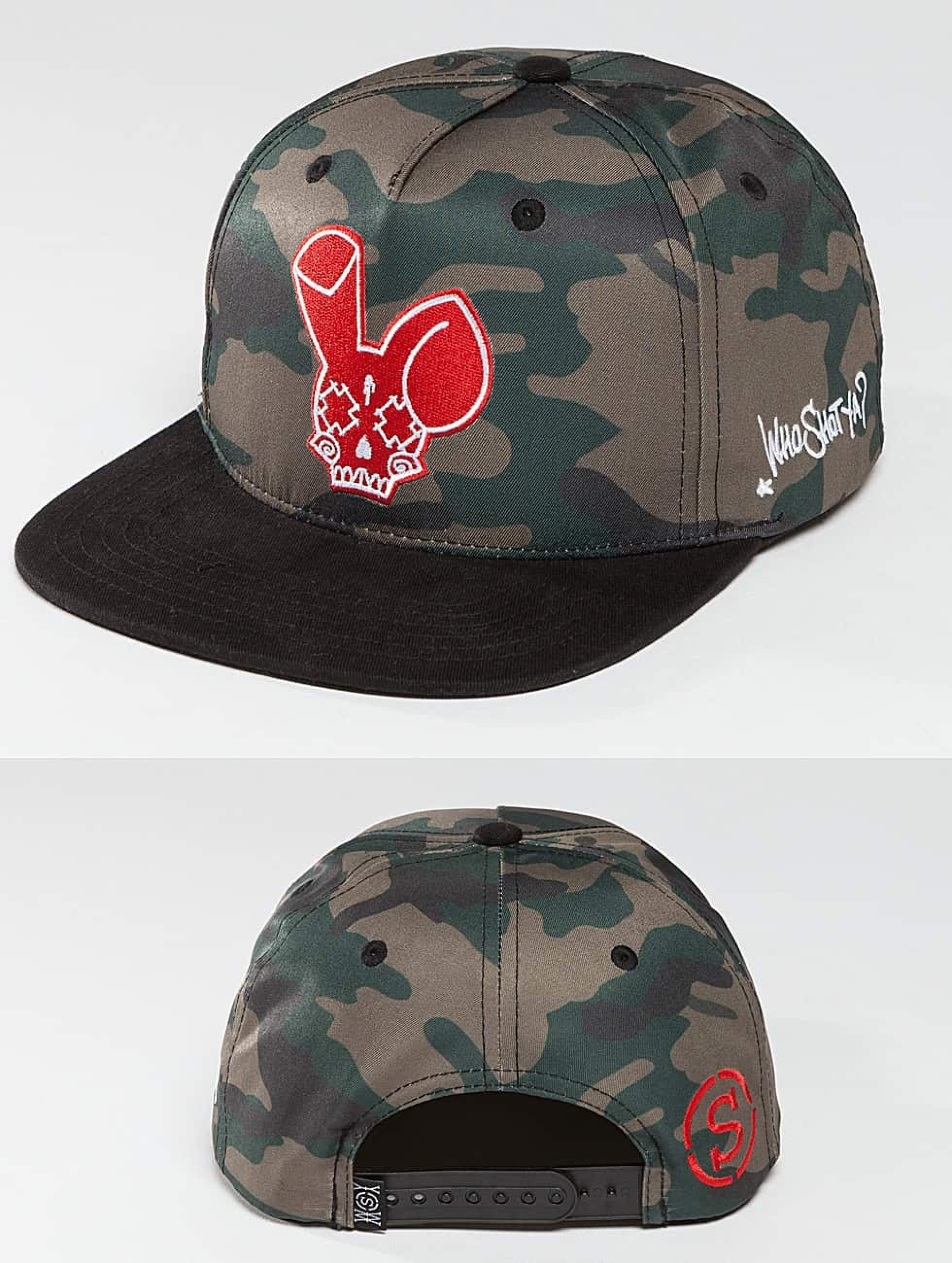 Who Shot Ya? / Snapback Cap Camo Fist in black Adjustable
