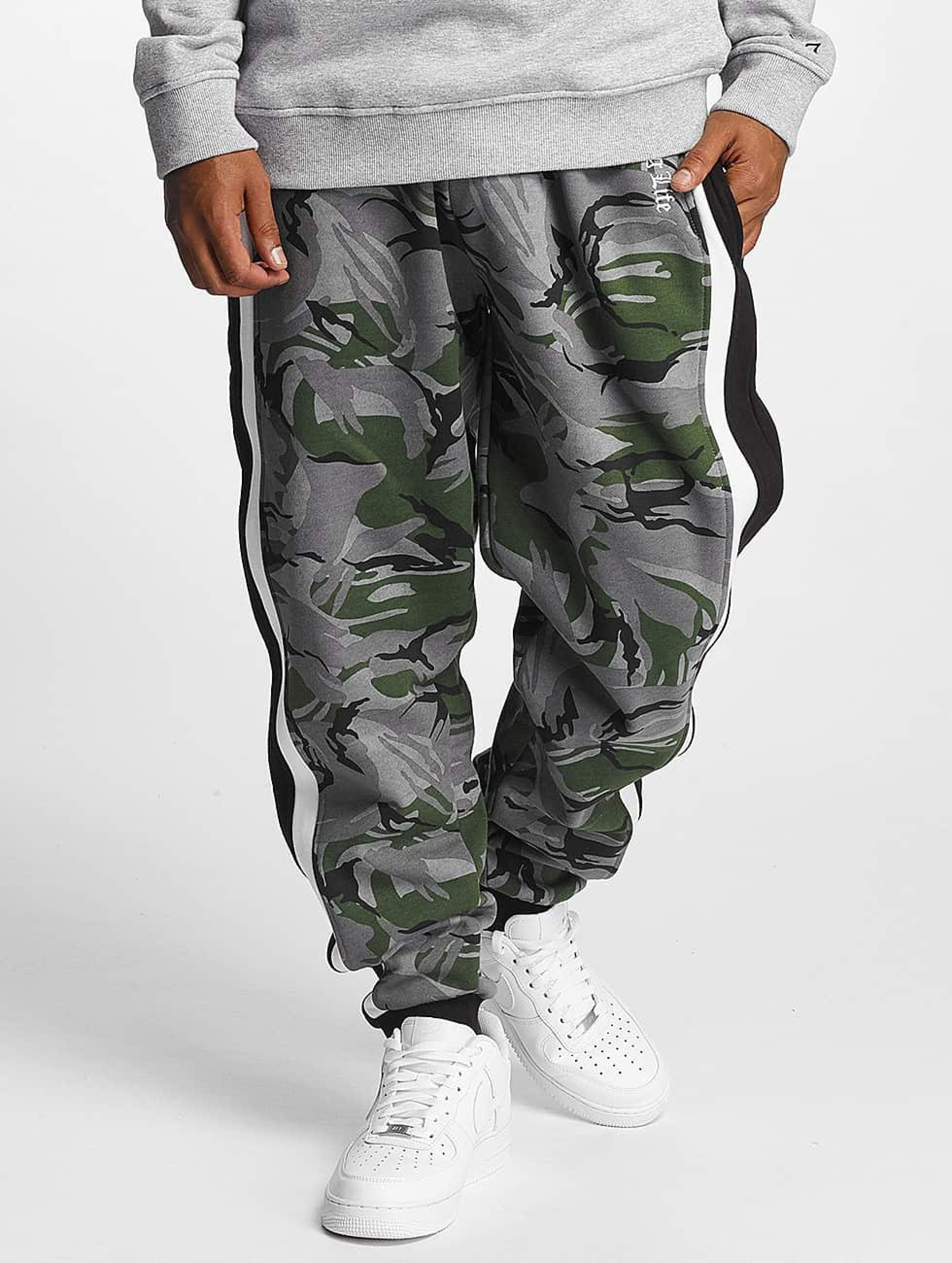 Thug Life / Sweat Pant Lecter in camouflage M