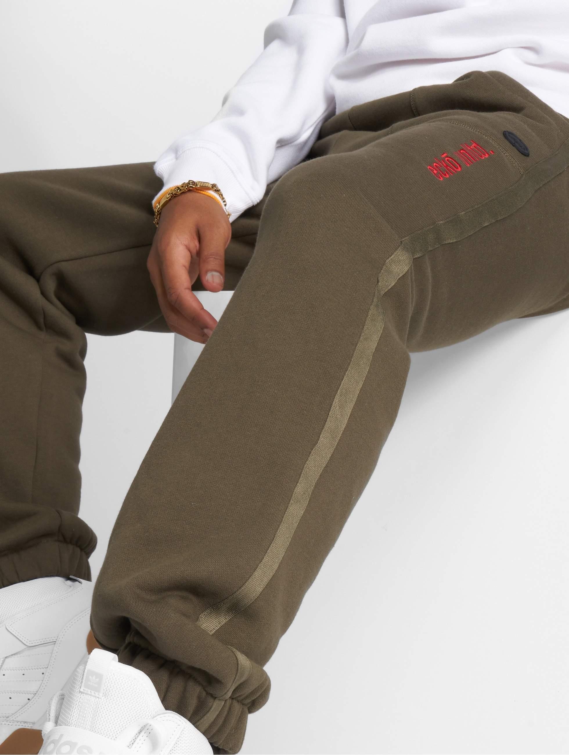 Ecko Unltd. / Sweat Pant First Avenue in olive XL