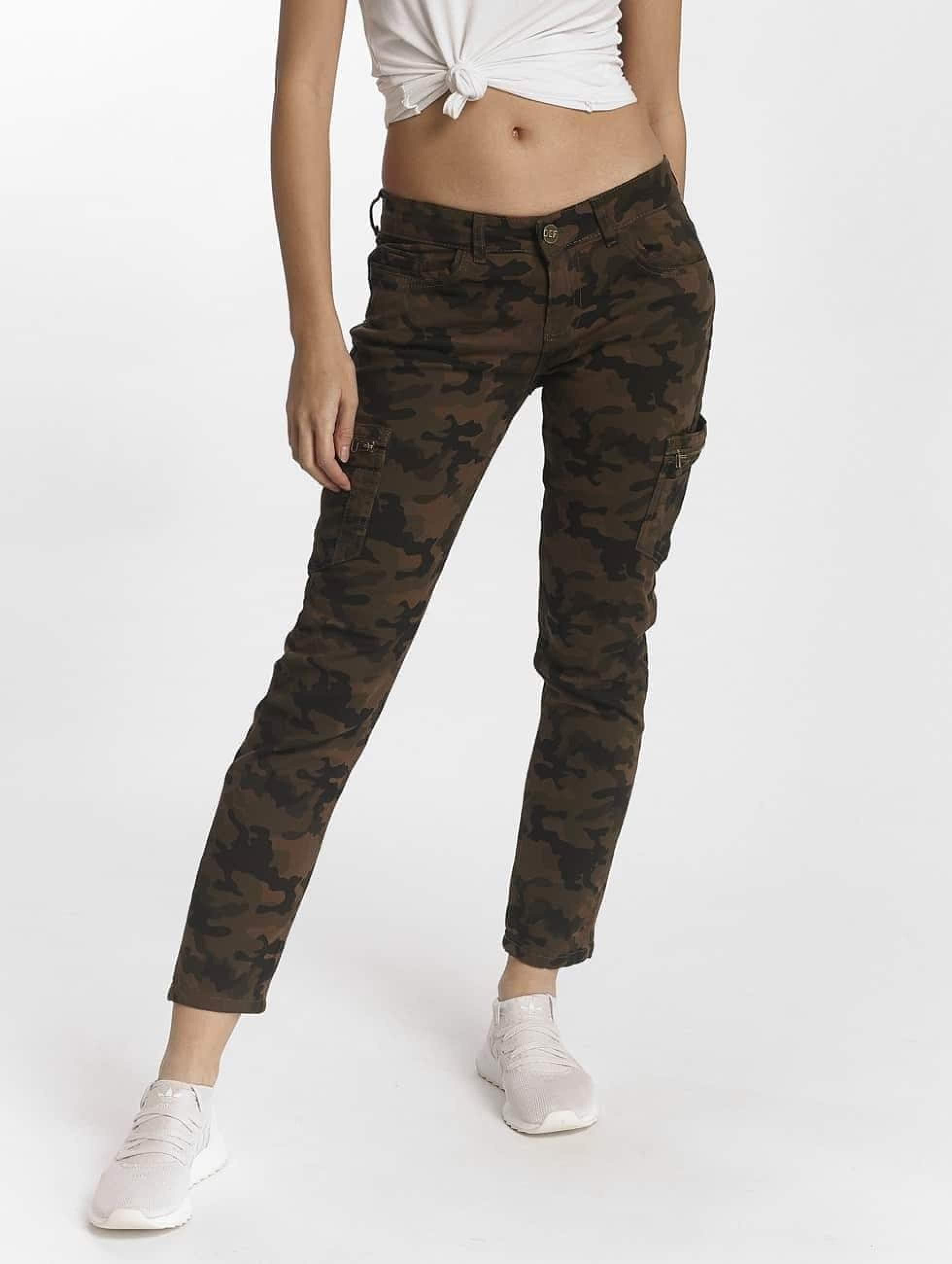 DEF / Boyfriend Jeans Manaboom in camouflage XS