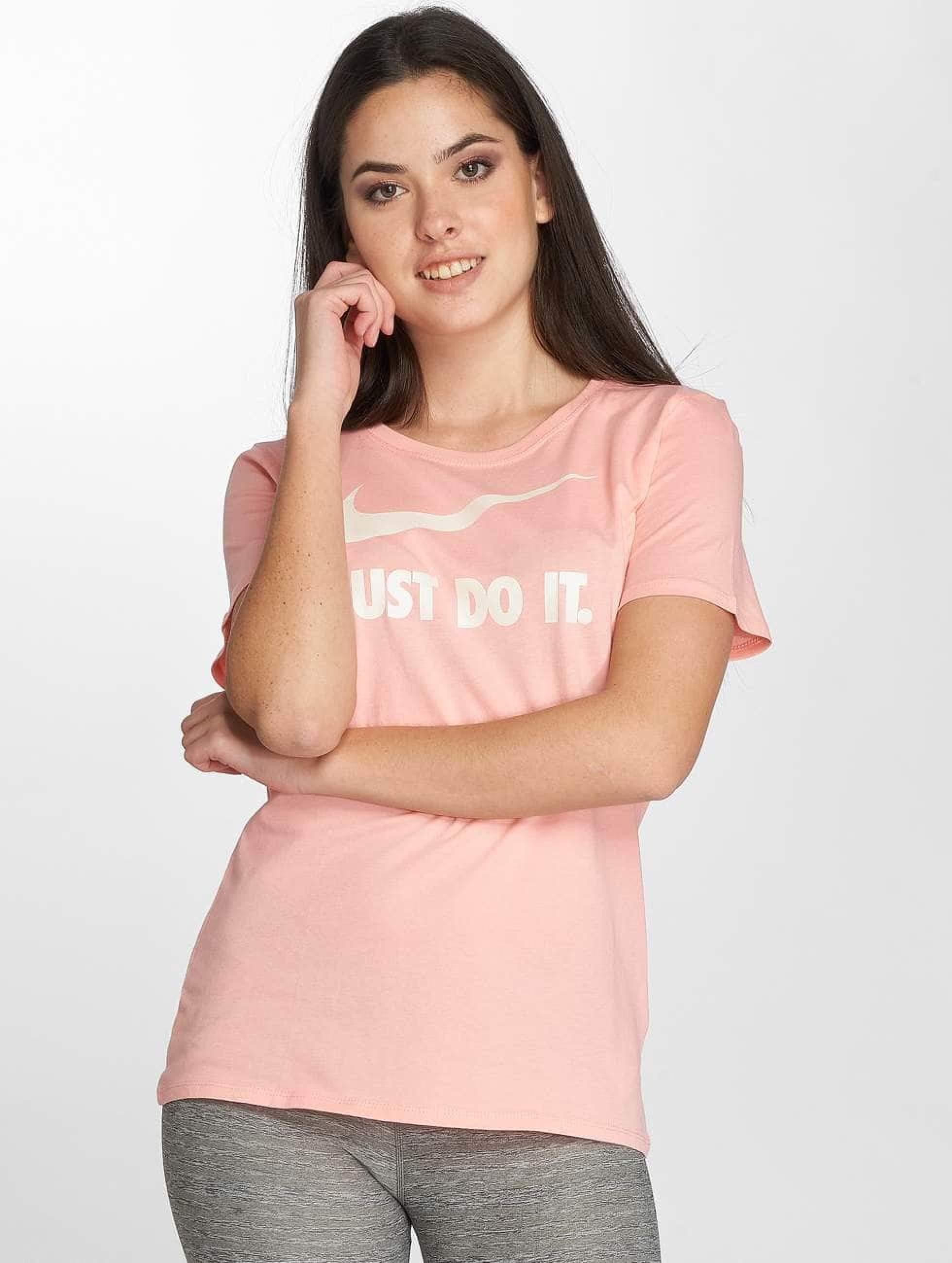Nike Frauen T-Shirt Sportswear in rosa