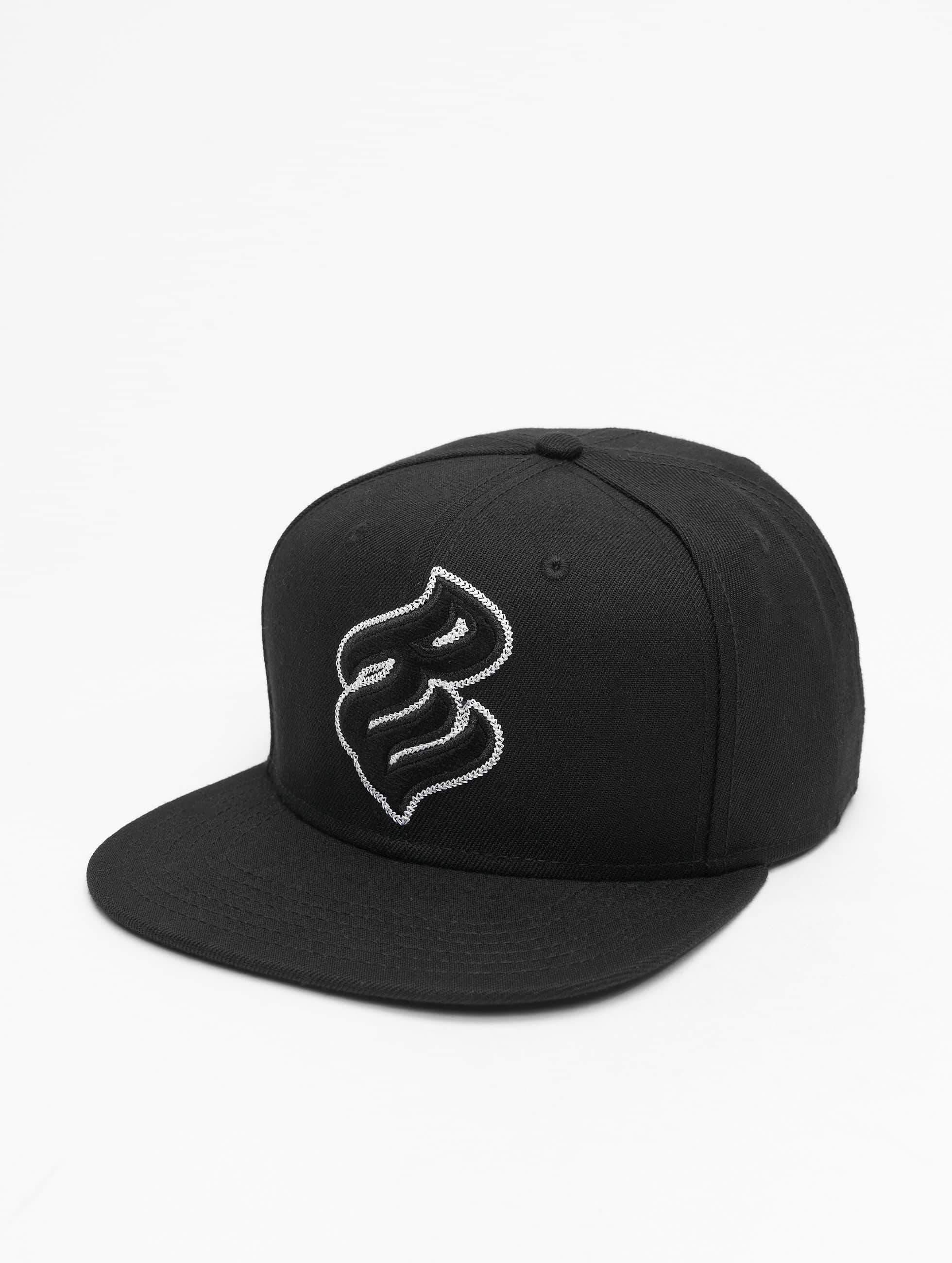 Rocawear / Snapback Cap Big Logo in black Adjustable