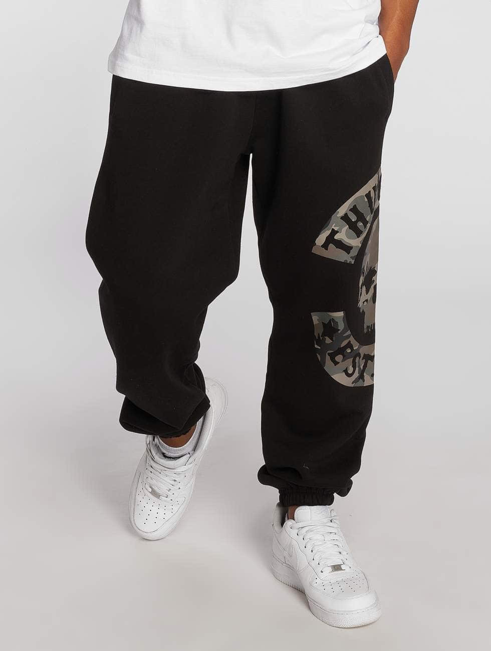 Thug Life / Sweat Pant B.Camo in black 5XL