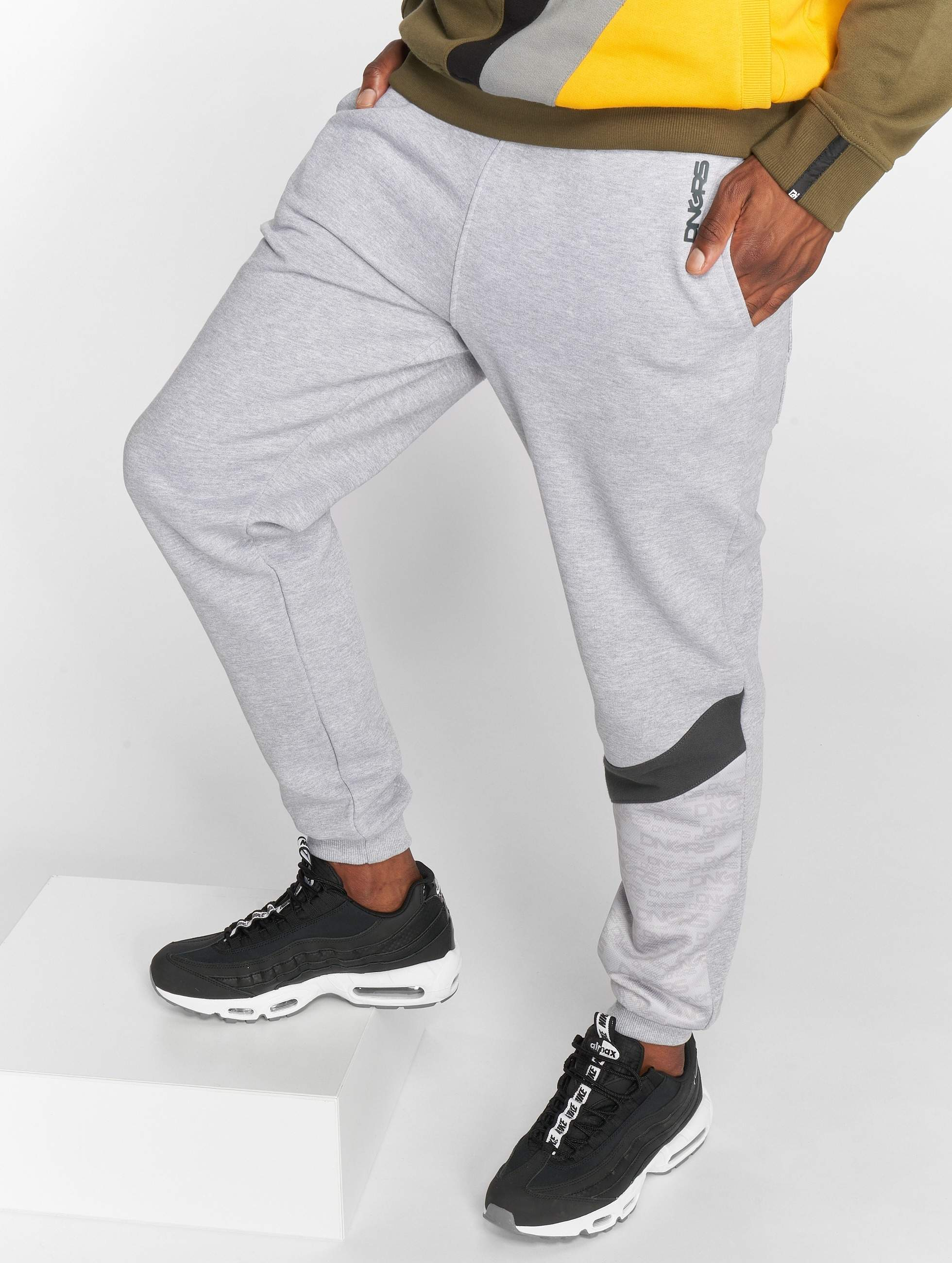 Dangerous DNGRS / Sweat Pant Vela in grey XL