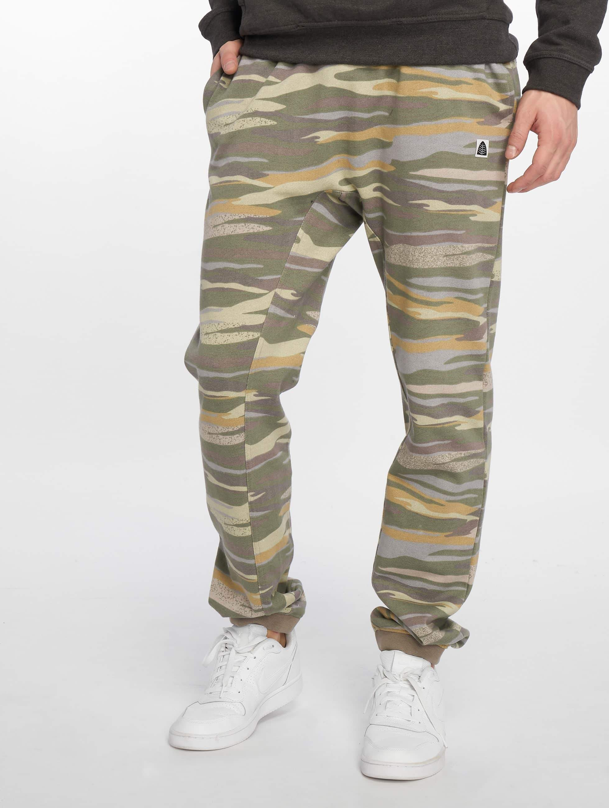 Just Rhyse / Sweat Pant Sucre in camouflage XL