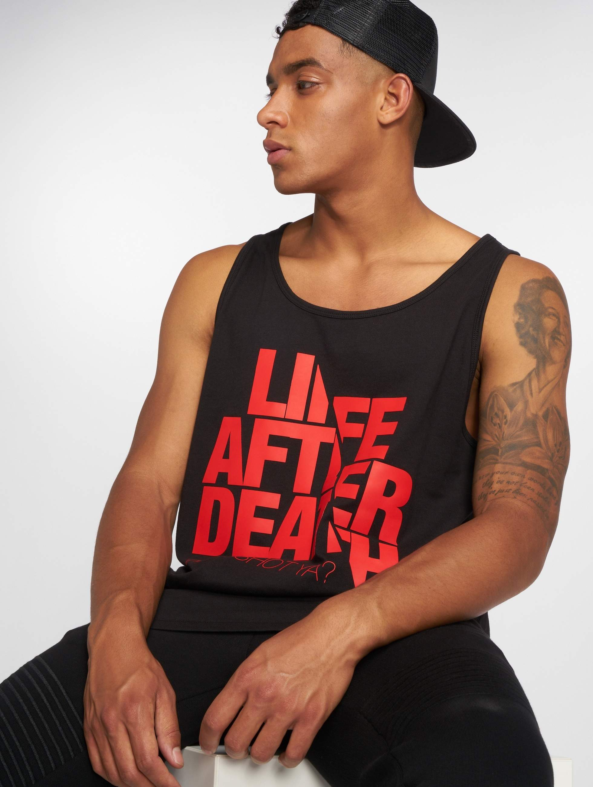 Who Shot Ya? / Tank Tops Life after death in black L